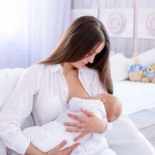 Korzyści wyssane z mlekiem matki – czyli co każda mama powinna wiedzieć o swoim mleku